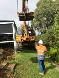 B & Hearthmoving Adelaide - Earthmoving Adelaid